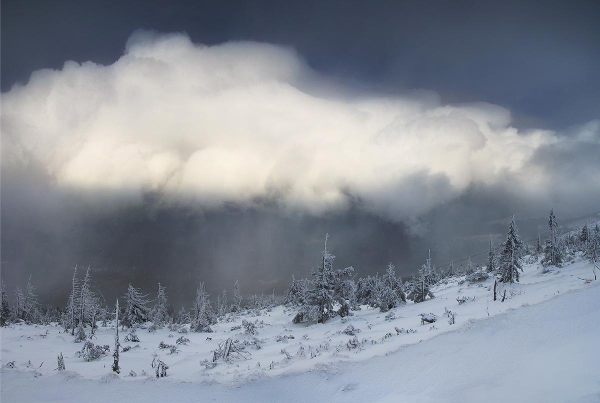 Chmura śniegowa w rejonie Kopy