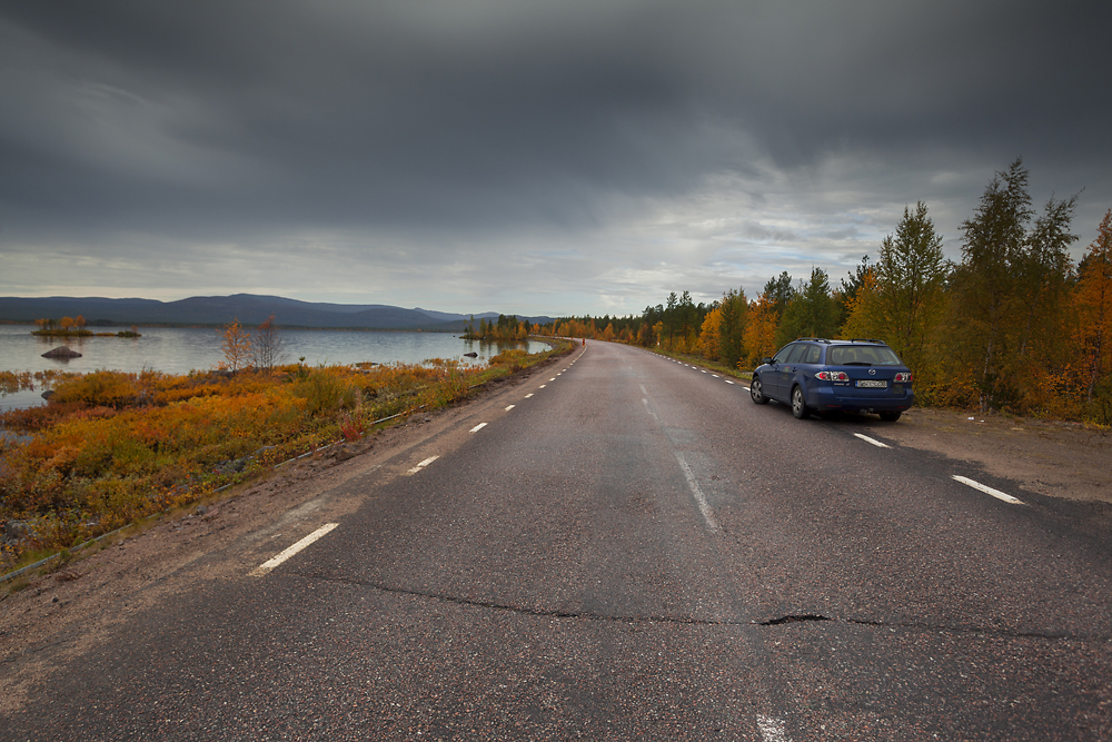 Szwecja Dolina Rapadalen, Park Narodowy Sarek, Sareks, jesień góry, jeziora, rzeki, krajobraz