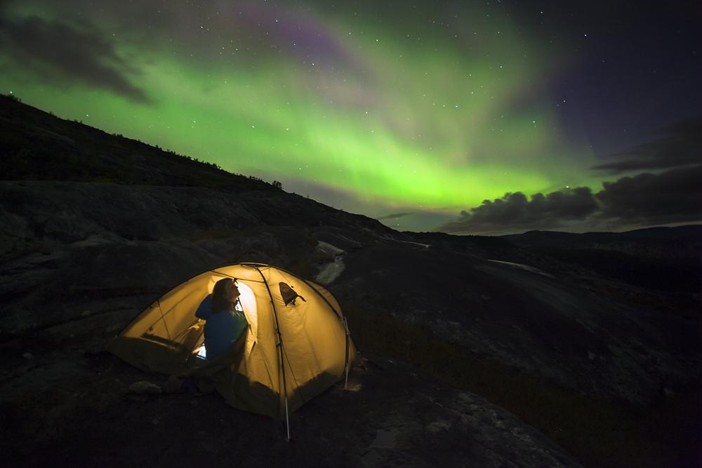 Norwegia Rago wodospad krajobraz zorza polarna
