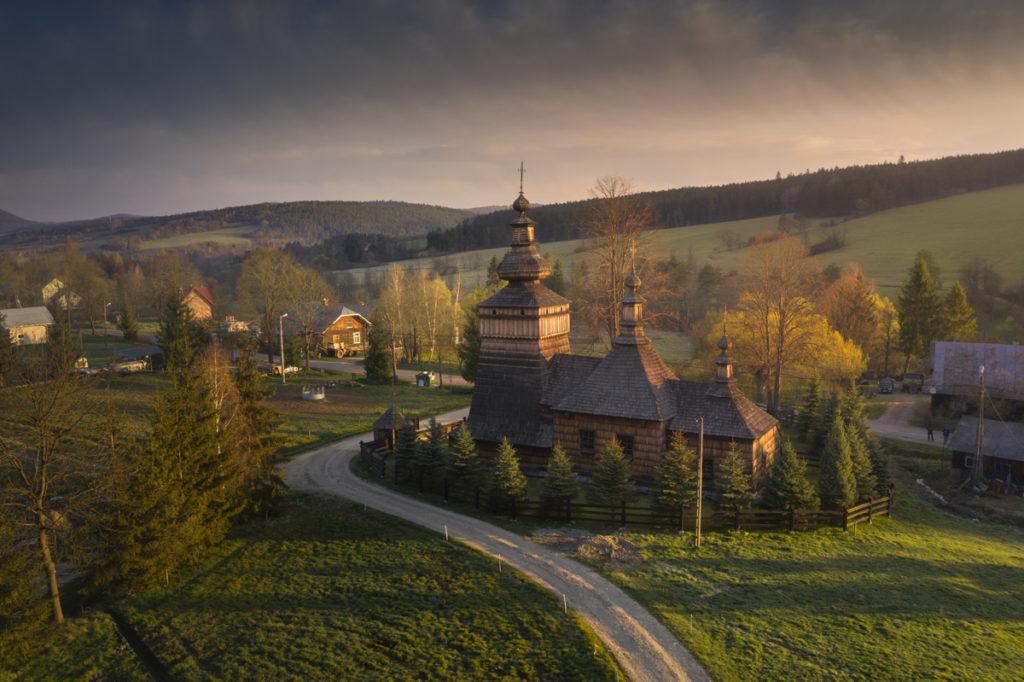 Beskid Niski cerkiew kościół w górach